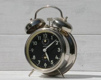 Kienzle vintage alarm clock, chrome alarm clock, desk top clock, retro alarm clock, black alarm clock, unique gift, large alarm clock