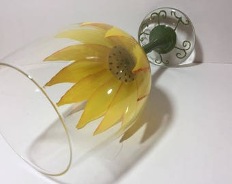 Sunflower Wine Glass