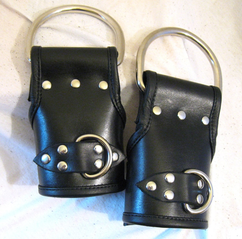 Hand Dyed Heavy Duty Leather Lined Suspension Cuffs image 0