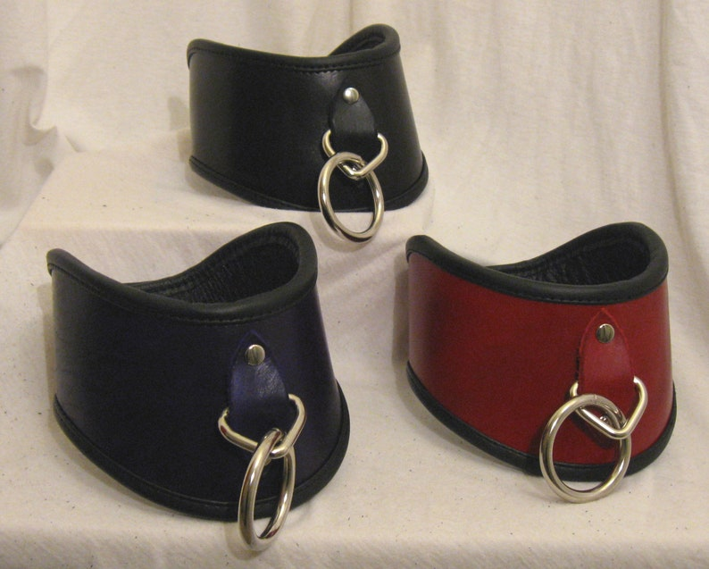 Hand-Dyed 3 Locking Severe Posture Collar with Leather image 0