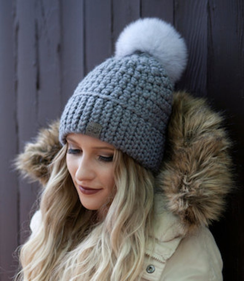 3ff15c8dcde Canada Bliss NEW Signature Pom Pom Hat Crochet Super Chunky