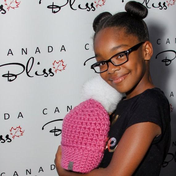 6fabcf2e8c7 Canada Bliss NEW Signature Pom Pom Hat Crochet Super Chunky