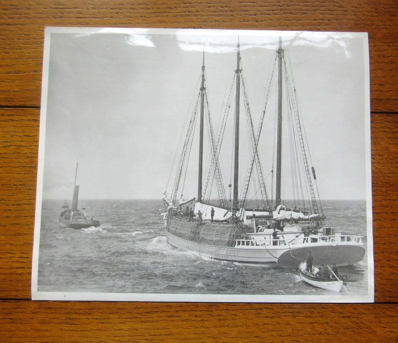 Going Out To Sea Lumber Schooner and Steam Tug Rare Vintage image 0