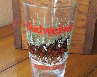 Budweiser Beer Glass Vintage Christmas Clydesdale Scene, 1989 Farmhouse Barware