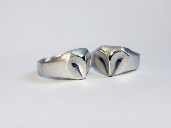 Barn Owl Ring With Blue Sapphire Eyes
