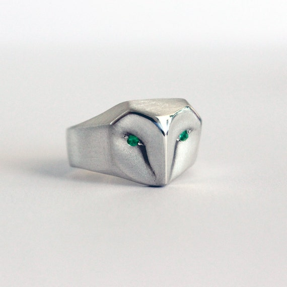 Owl Ring With Emerald eyes, Barn owl sterling silver ring, green  emerald eyes, Owl Jewelry, bird of prey, Christmas gift