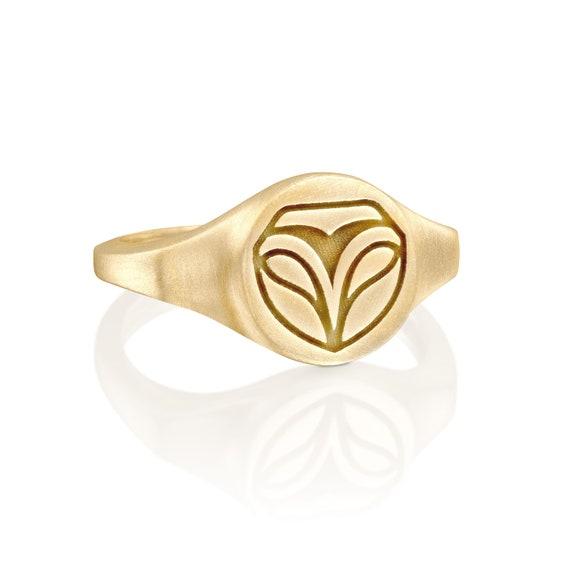 Minimalist Gold Signet Barn Owl Ring