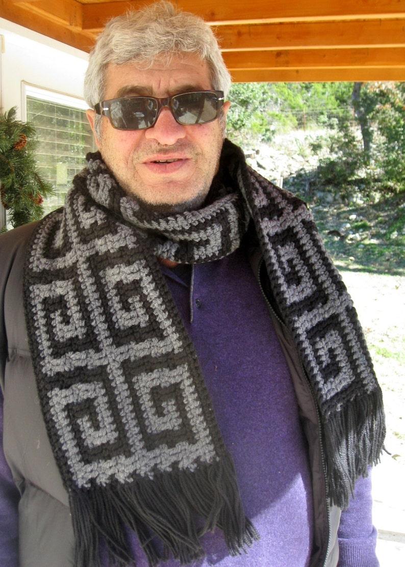 Mens Greek key scarf crochet pattern // Greek key crochet image 0