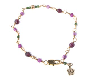 Bracelet, fine with jade or tourmaline and charm, different, free shipping