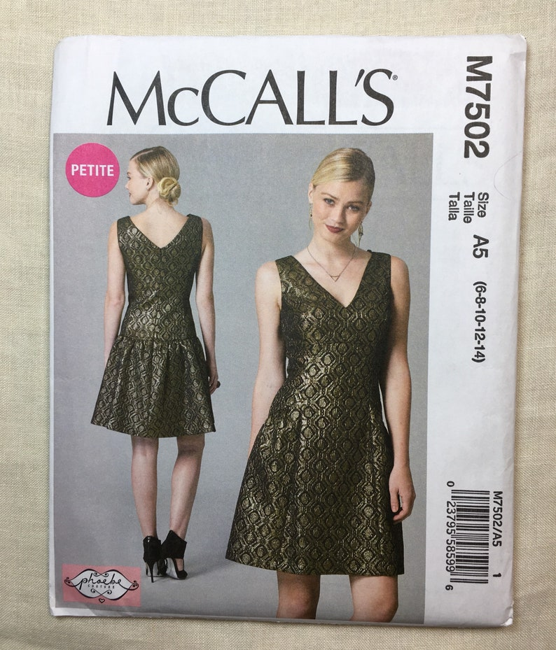 0c39eda8c83 V-Neck Cocktail Dress McCall s M7502 Fitted Bodice