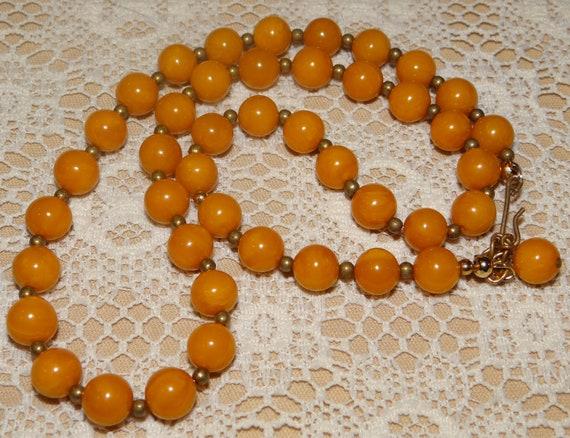 Bakelite Necklace - Bakelite Butterscotch Bead Nec
