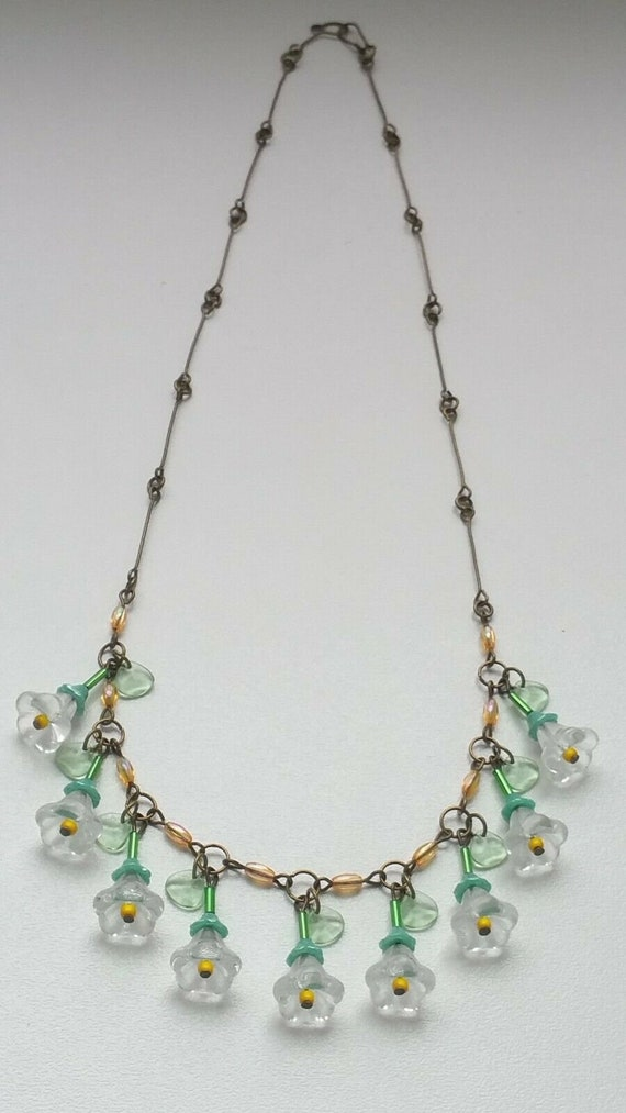 Art Deco Frosted and Clear Glass Flapper Necklace