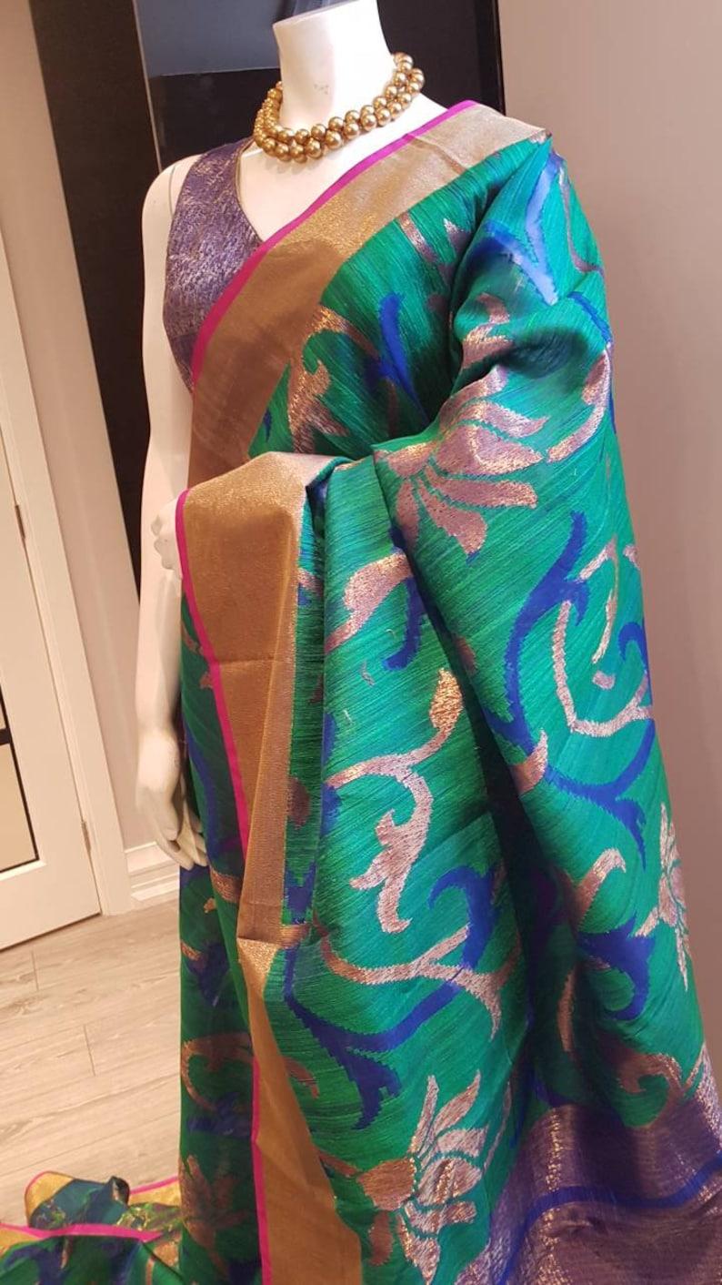 13dc912f1efcf6 Green Banarasi Silk Saree in Contrast Pink Broad Border Blue