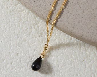 Black Onyx Drop Necklace / Gold Filled Pendant Necklace / Gemstone Jewelry