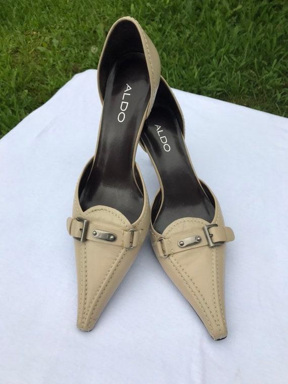 Ready to ship-Beige high heel Aldo