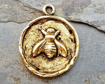 Bee Coin Pendant Charm Antique Gold N-11,gold bee pendant,large bee charm,gold bee charm,bee pendant,small bee pendant,honey bee pendant