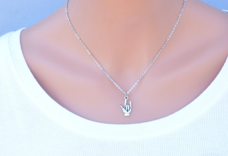 Hand Sign. I Love You In Sign Language Necklace in Antique Silver Pewter on an 18 Stainless Steel Cable Chain with 2 Extender