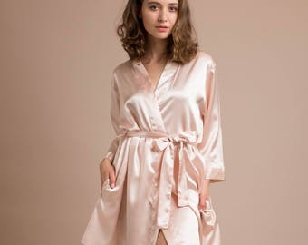 0ee4c131bf Short silk robe