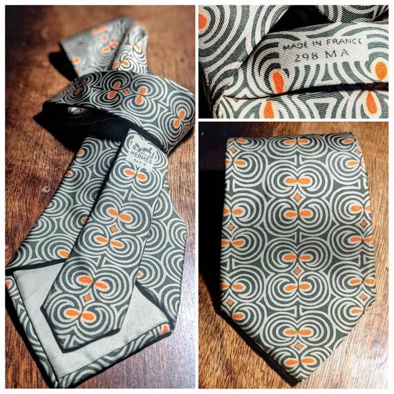 Vintage Hermes 100% Silk Necktie - image 1