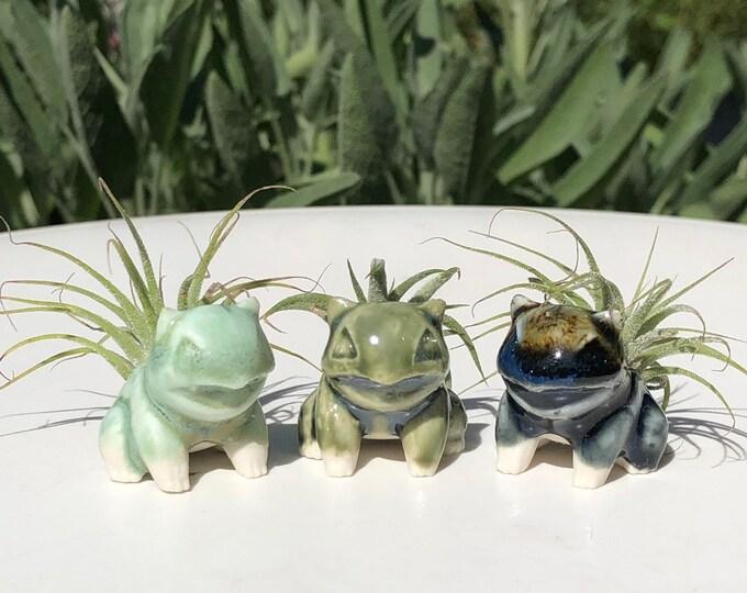 Featured listing image: Handmade Miniature Ceramic Bulbasaur