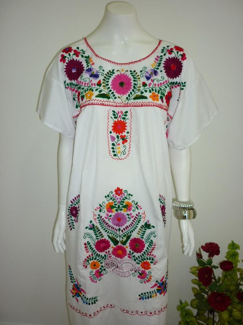 42564bf20c27e7 White Puebla Mexican Dress Peasant Hand Embroidered Vintage