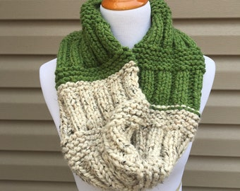 Oatmeal and Green Wool Blend Cowl, Hand Knitted Cowl, Multi-color Cowl, Multi-color Infinity Scarf, Wool Blend Cowl, Winter Accessory