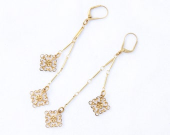 Filigree Chandelier Earring