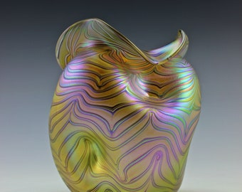 Loetz Glamorous Bohemian Art Nouveau Jugendstil Iridescent Large Glass Vase