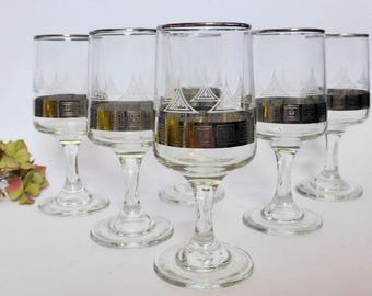 Sex symbol drinking glasses from the 1950