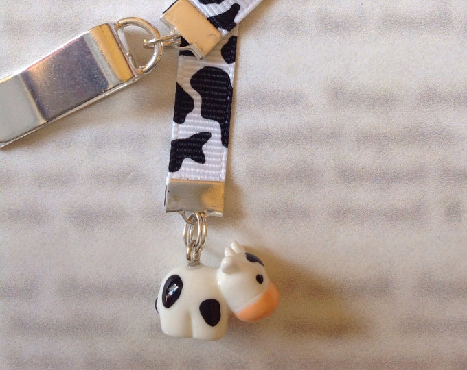 Cow bookmark/ Cute Cow / Cute Bookmark *FREE SHIPPING* Attach to book cover then mark the page with the ribbon. Never lose your bookmark!