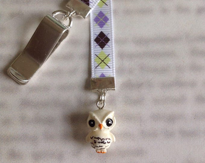 Featured listing image: Owl Bookmark / Hedwig Bookmark / Cute bookmark  - Clip to book cover then mark the page with the ribbon. Never lose your cute bookmark!