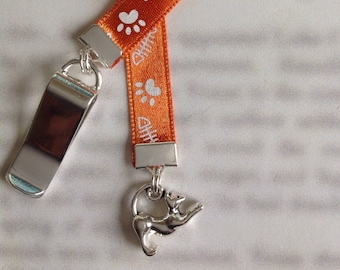 Cat Bookmark / Kitten / Cat Lover bookmark  - Clip to book cover then mark page with ribbon. Never lose your cute bookmark!