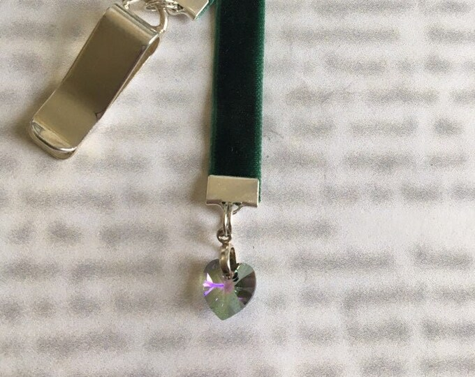 Crystal Heart bookmark / Paradise Shine Crystal bookmark *FREE SHIPPING*  Attach Clip to book cover, mark you page with the ribbon & charm.