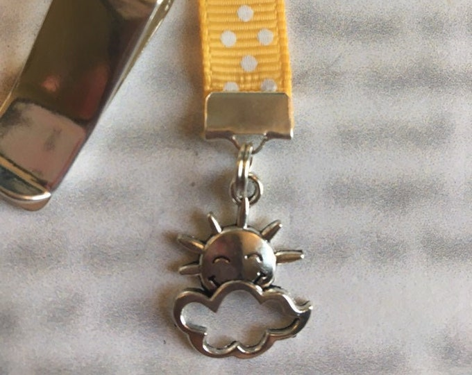 Sun & Cloud Bookmark / Sun Face Bookmark *FREE SHIPPING* Attach clip to book cover then mark page with the ribbon. Never lose your bookmark!