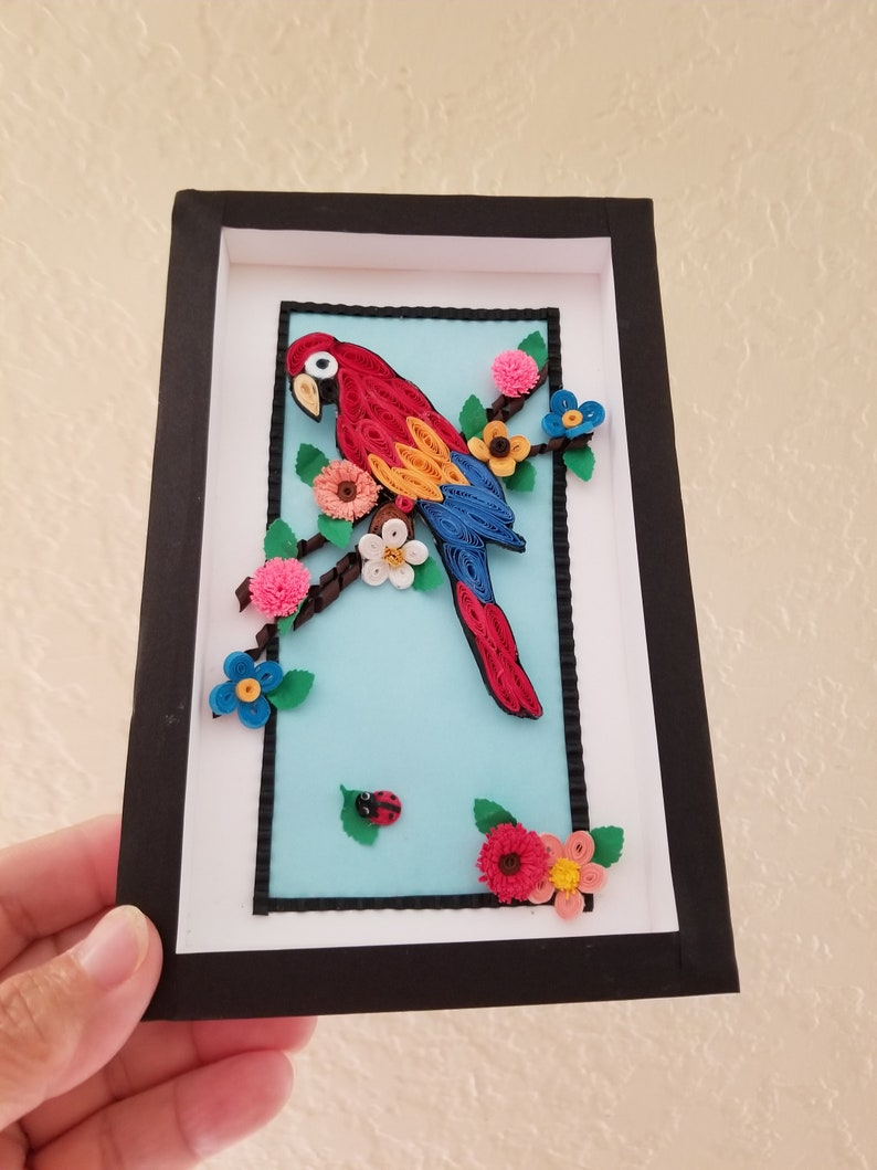 Paper Quilling Parrot frame