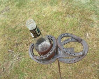 Horseshoe Beverage Holder: Outdoor Can Bottle Beverage Drink Holder for Camping or Yard