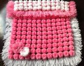 pom-pom baby blanket , gift ideas,