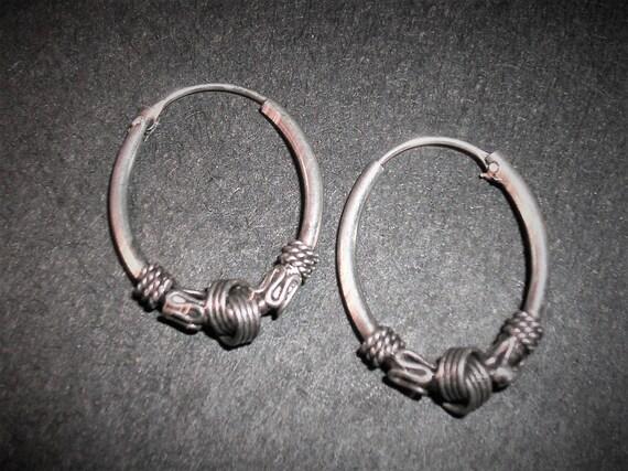 925 sterling Silver Vintage Bali Byzantium oval ho