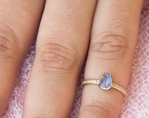 Moonstone Ring, Pear Engagement Ring, Engagement Ring, Blue Moonstone Ring, Teardrop Ring, Moonstone Engagement Ring, Rainbow Moonstone