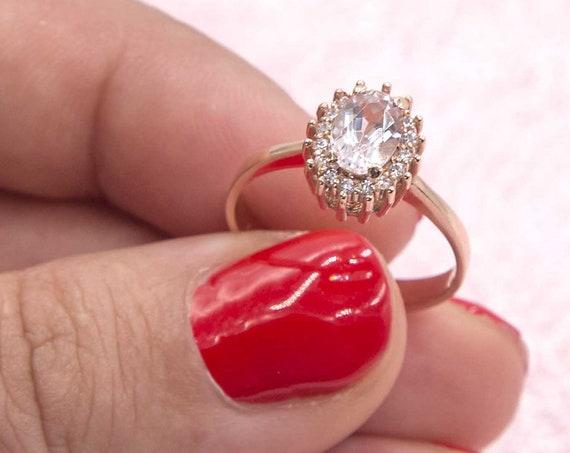 Morganite Ring, Oval Engagement Ring, Engagement Ring, Oval cut Ring, Halo Engagement Ring, Diamond Ring, Wedding Ring, Pink Morganite Ring