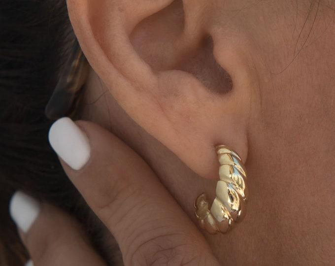 Croissant Half Hoop Earrings, 14 k Gold Twisted Earrings, Gold Thick Hoop Earrings, Hypoallergenic Solid Gold Everyday Earrings, Croissant