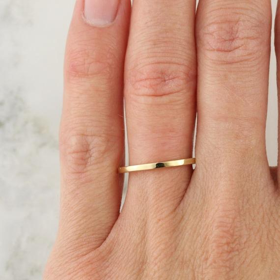 Thin Gold Band, Flat Band Ring, Thin Gold Ring, Solid Gold Band, 1 mm Band Ring, Thin Wedding Band, Gold Stacking Ring, Petite Gold Band
