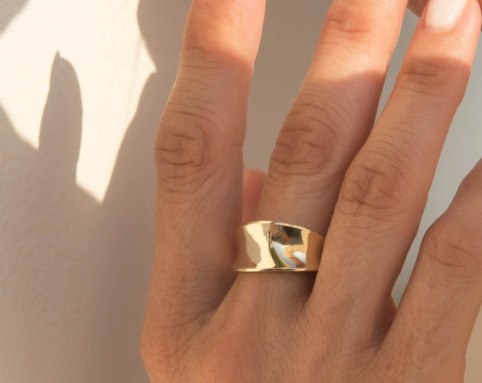 Gold Chunky Ring / Gold Smooth Ring / Chunky 14k Ring / 14k Solid Gold Ring / Large Solid Gold Ring / Cigar Gold Ring / Statement Ring