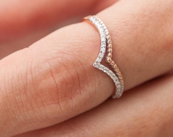 V Ring, Chevron Ring, Gold V ring, Thumb Ring, Knuckle Ring, Stacking Ring, Gemstone Ring, Gold Chevron Ring, V shaped Ring, Cz Ring
