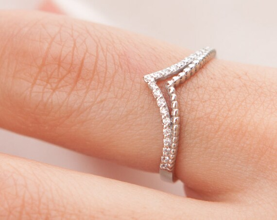 Diamond Ring, Chevron Ring, Gold V ring, Thumb Ring, Knuckle Ring, Stacking Ring, Gemstone Ring, Gold Chevron Ring, V shaped Ring, V Ring