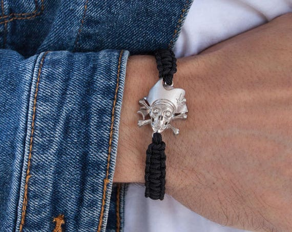 Pirate Bracelet, Pirate Scull Bracelet, Men Macrame Bracelet, Carribean Pirate, Silver Scull Bracelet, Pirate Jewelry, Captain Jack Charm