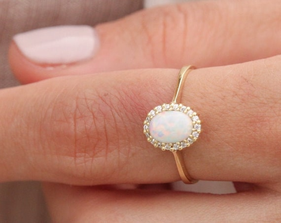 White Opal Ring, Gold Opal Ring, Fire Opal Ring, Australian Opal Ring, Birthstone Ring, Opal Engagement Ring, Oval Halo Ring, Opal Ring