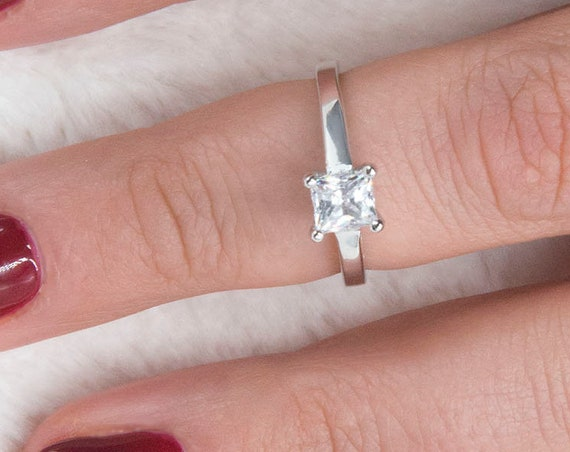 Princess Cut Engagement Wedding Anniversary Promise Solitaire Ring 0,80ct. Solid 14K Gold Princess cut Diamond Ring