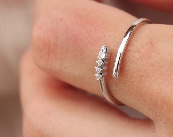 Diamond Open Ring, Diamond Ring, 5 Stone Ring, Gold Bypass Ring, Engagement Ring, Diamond Bypass Ring, Gold Guard Ring, Open Diamonds Ring