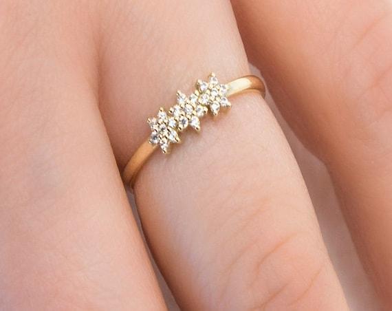 Daisy Ring, Diamond Ring, Gold Flower Ring, Thin Gold Ring, Gold Floral Ring, Diamond Gold Ring, 14k Gold Ring, Dainty Ring, Engagement Ring
